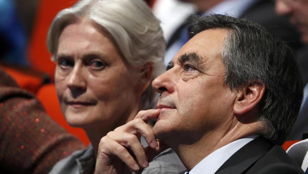 Новости Франции - Франсуа Фийон контратакует