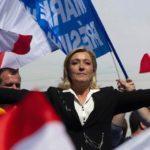 Ле Пен предлагает лишать гражданства Франции