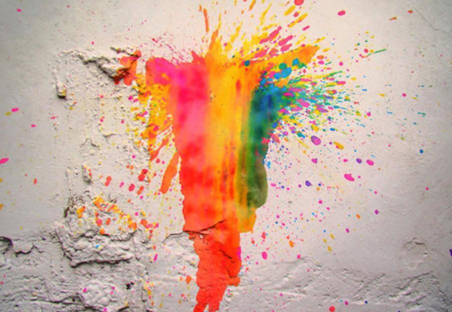 залить картины краской