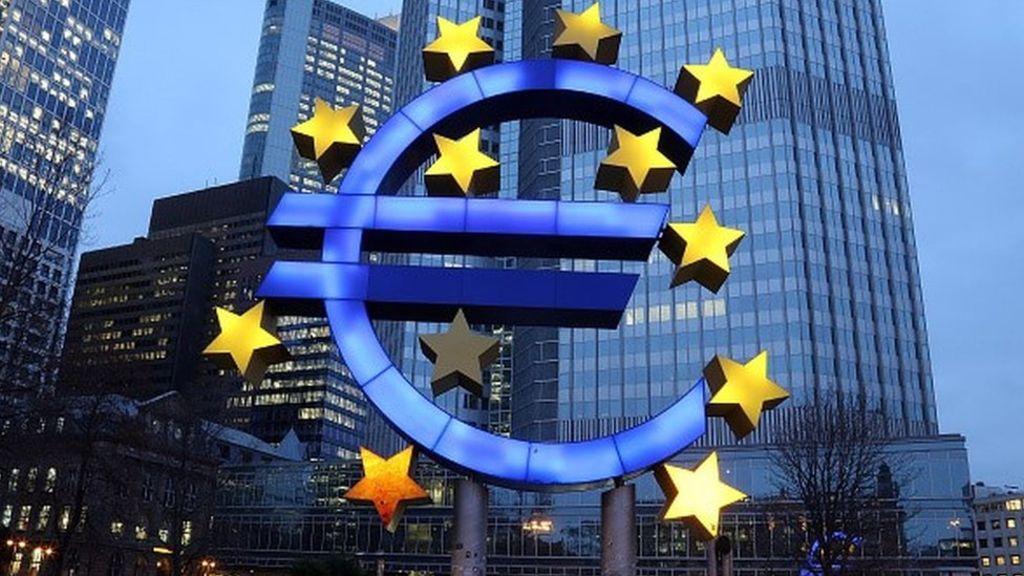 Опрос: практически три четверти французов выступают против отказа отевро