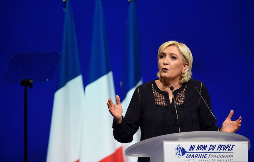 Острая полемика между Ле Пен и Макроном на вчерашних теледебатах