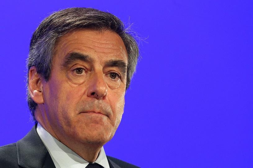 Новости Франции - В картире супругов Фийон прошли обыски