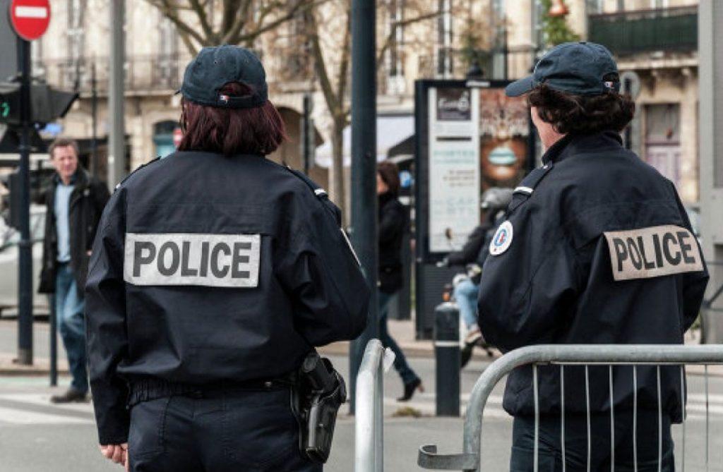 franciya-policiya-1024x669.jpg
