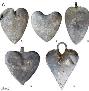 heart-urns