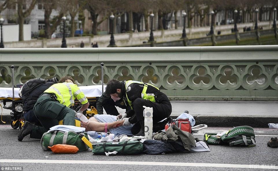 Из-за теракта вВестминстере пострадали трое французских школьников