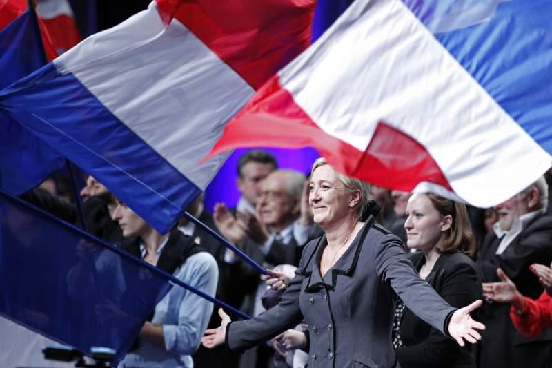 Движение Макрона создаёт план борьбы с Ле Пен