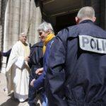 В Ницце неизвестный с угрозами ворвался в церковь