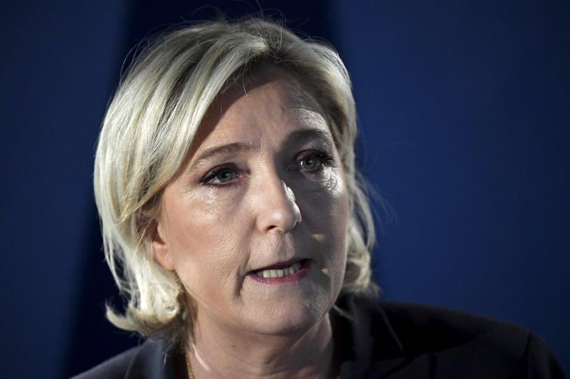 Новости Франции - Ле Пен атакует Макрона