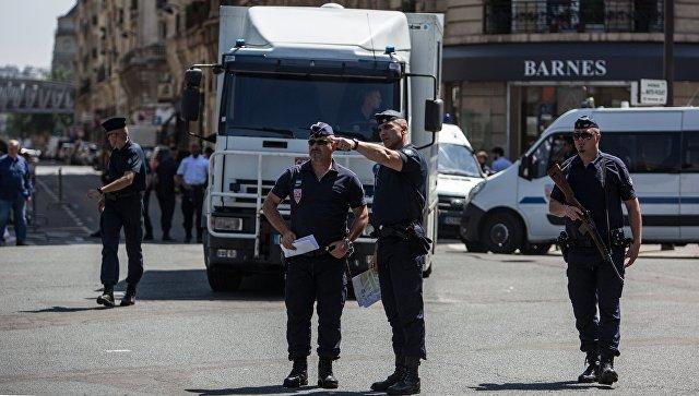 В пригороде Парижа убит человек