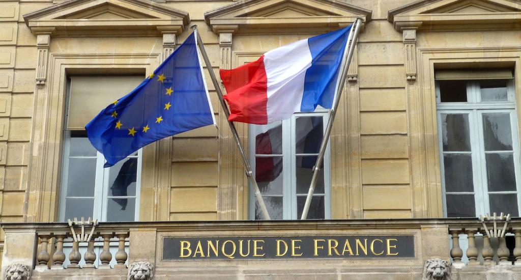 Банк Франции предупредил клиентов
