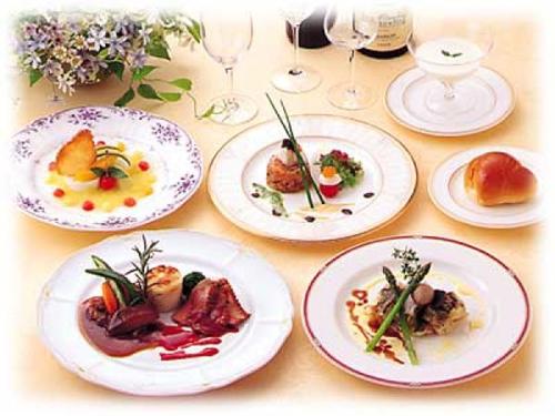566627-french-cuisine.jpg