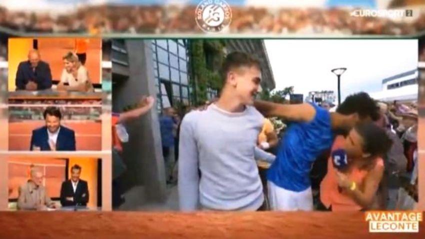 За поцелуи французский теннисист отстранён от «Ролан Гаррос»