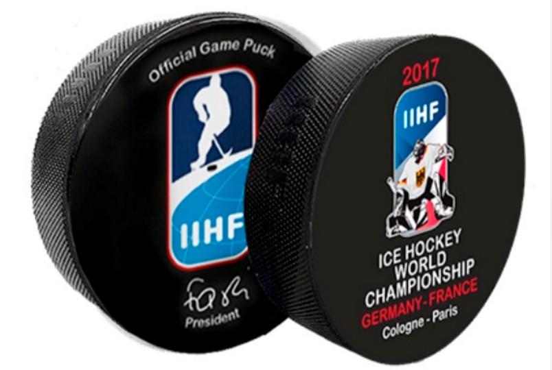 В Париже на чемпионате мира по хоккею запретили шайбы