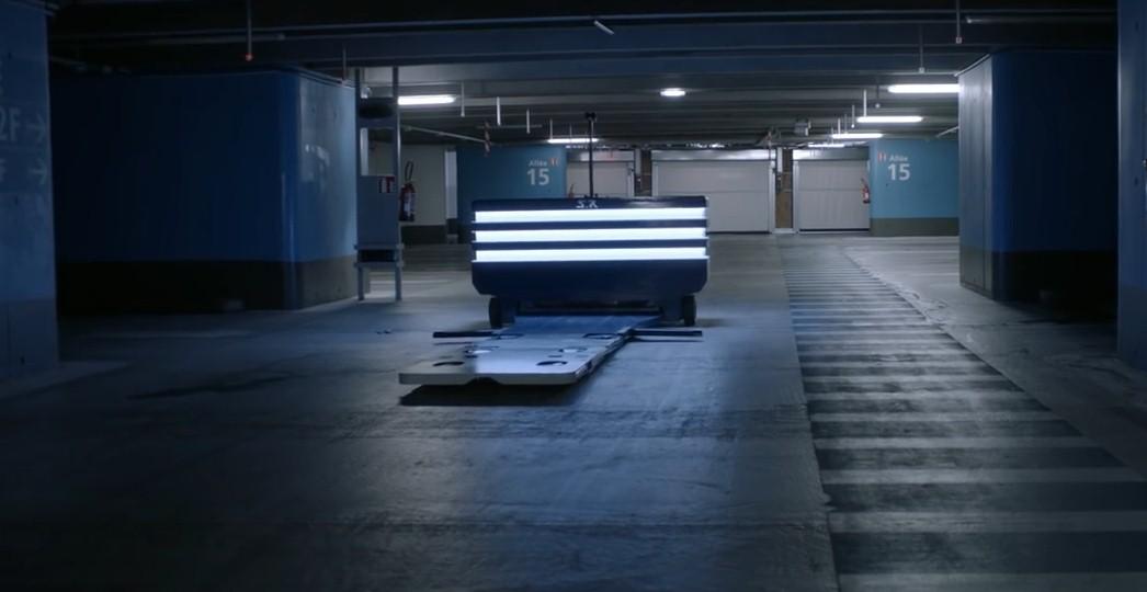Во Франции создали робота парковщика (Видео)