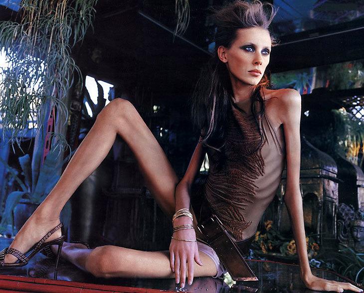 Во Франции официально запретили нанимать чрезмерно худых моделей