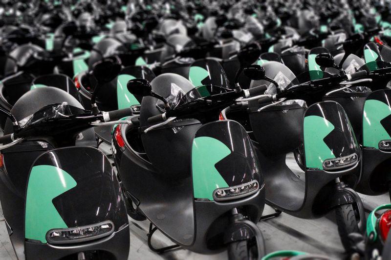 В Париже BOSCH откроет службу проката электроскутеров