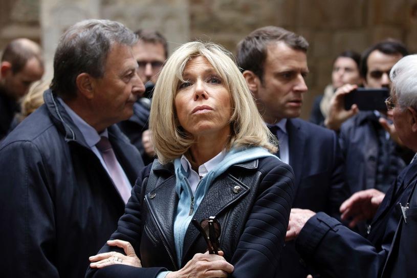 Первая леди Франции займется делами молодежи