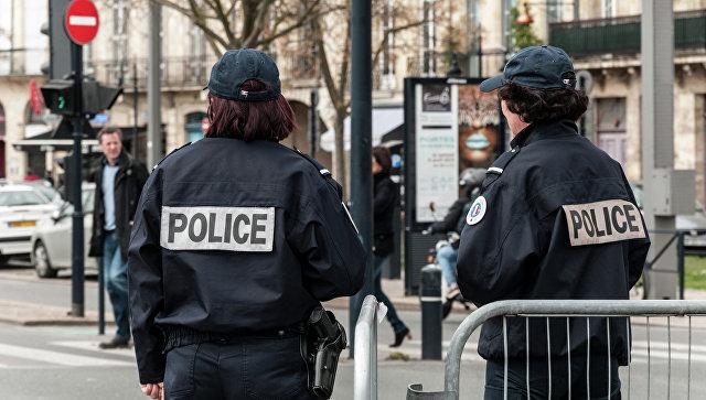 Сотрудницу полиции изнасиловали в Париже