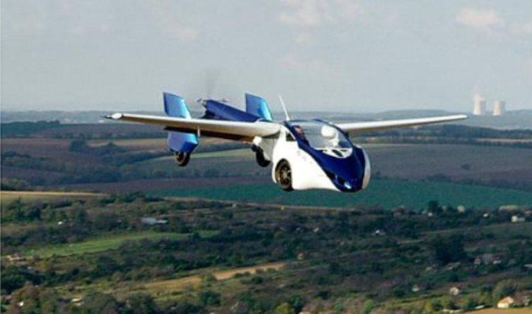 Летающий автомобиль AeroMobil продемонстрировали в Париже