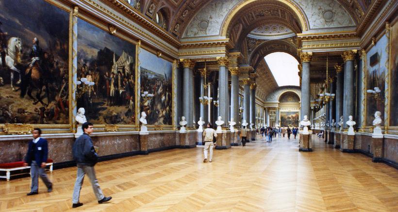 Пожар уничтожил ценные картины из Лувра