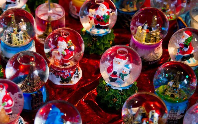 В Париже больше не будет рождественской ярмарки