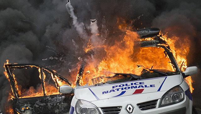 Во Франции стало на 60% больше радикалов