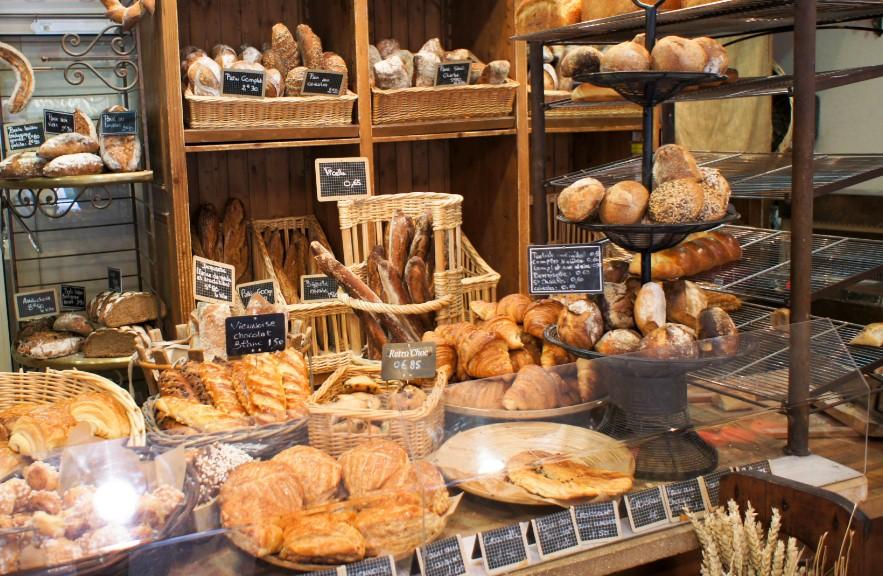 В Париже, пекарь открыл огонь по клиенту
