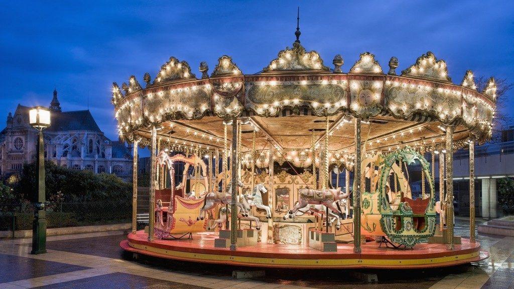 carousel-photography-wallpaper-51867-53573-hd-wallpapers-1024x576-1024x576.jpg