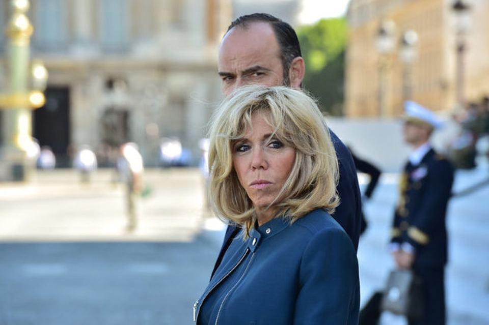 Французы выступают против первой леди