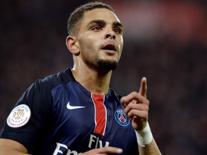 Шантажисты вымогали €100 тысяч у французского футболиста