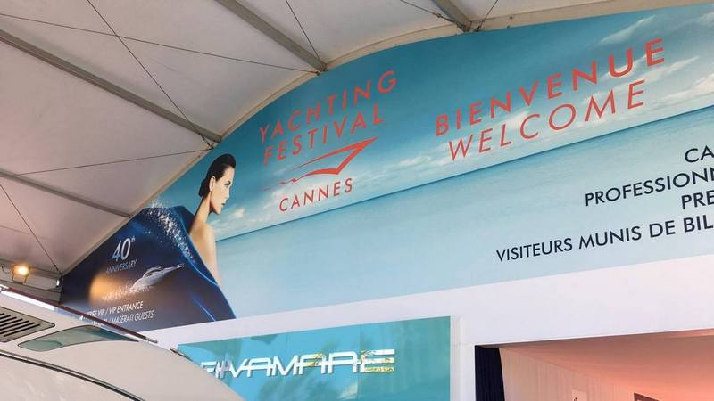 Cannes-Yachting-Festival-2017-iznutry.jpg