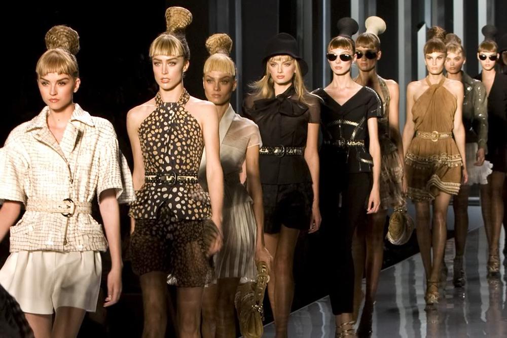 Французские дома моды изменили требования к моделям