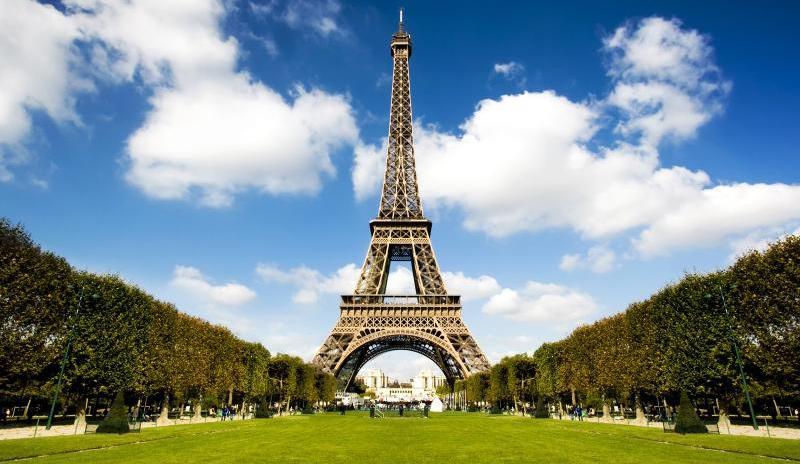 Забор за €25 миллионов построят в Париже