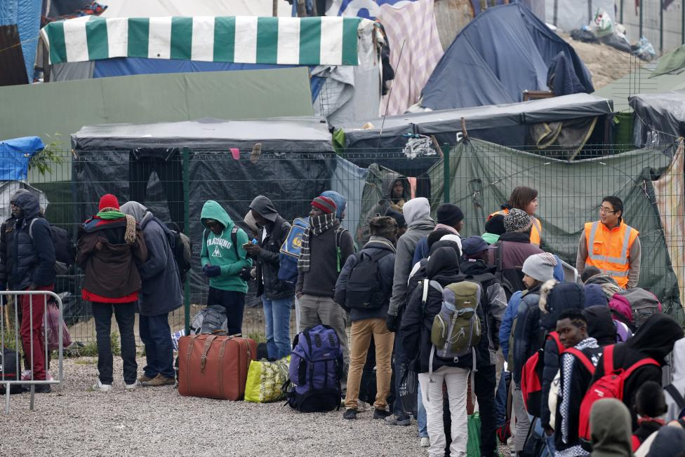 Франция не будет выдворять беженцев без гарантий