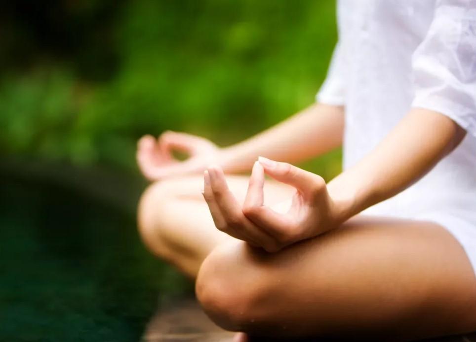 Сеансы медитации на высоте 210 метров в Париже
