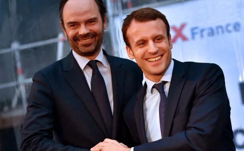 Премьер-министра Франции исключили из партии