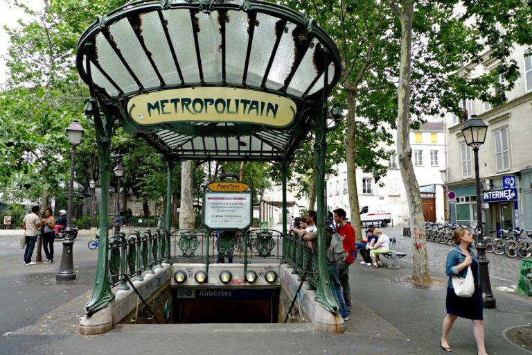 Смартфоны во Франции заменят проездные билеты