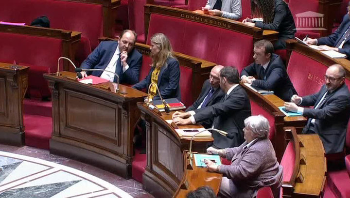 Во Франции приняли закон о борьбе с терроризмом