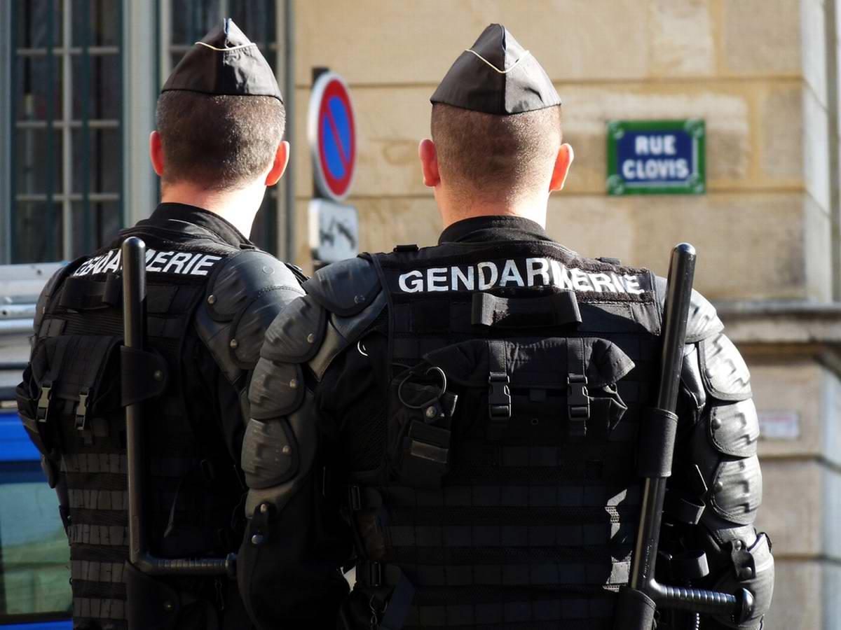 Вооруженный мужчина задержан в поезде на юго-востоке Франции