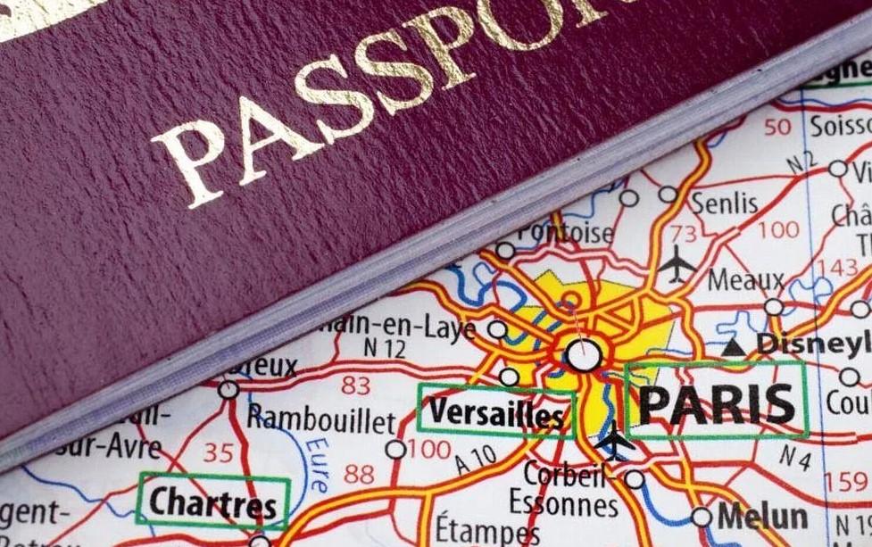 Генконсульство Франции в Москве начинает выдавать визы по новым правилам