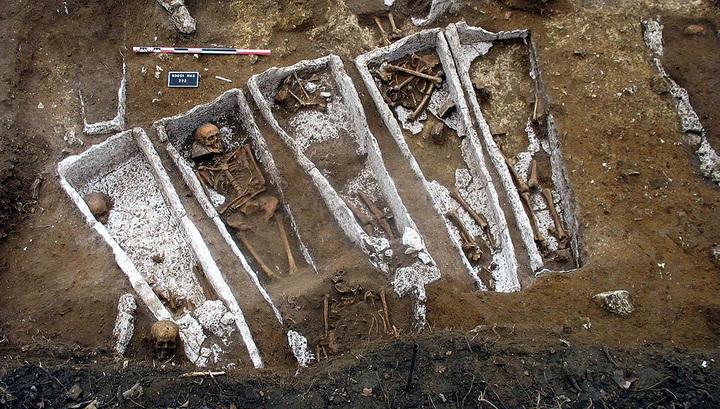 В аббатстве Мон-Сен-Мишель найден некрополь XIII века
