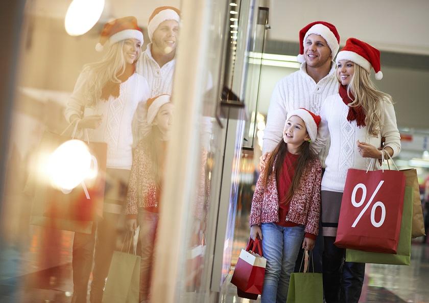 Сколько денег потратит французская семья на рождество