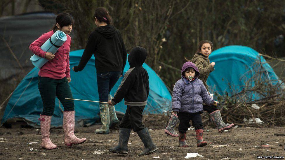 Семьям будут платить за размещение несовершеннолетних мигрантов
