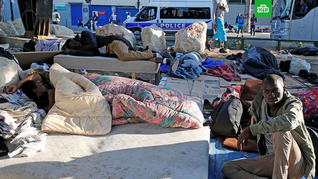 Большое количество мигрантов создало социальный кризис