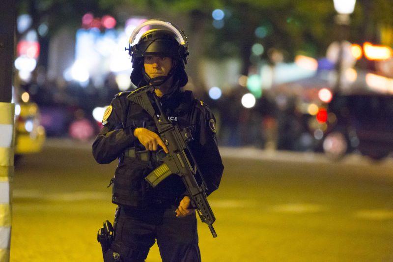 Во Франции угроза терактов остается высокой