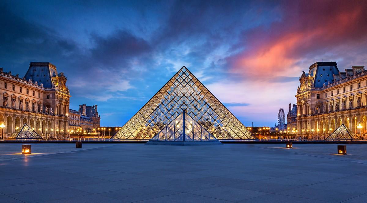 Лувр закрывает отдел исламского искусства
