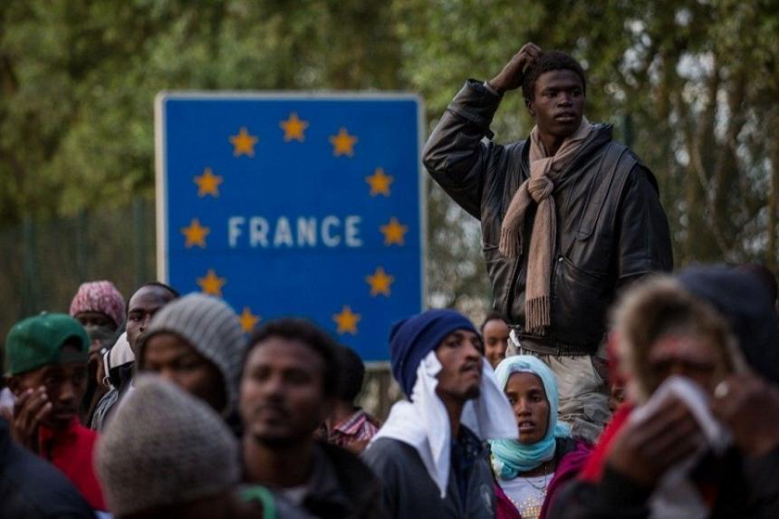 Франция получила рекордное число заявок на убежище в 2017 году
