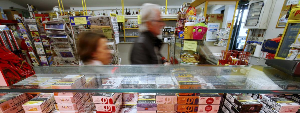 Во Франции с 1 марта подорожают все сигареты