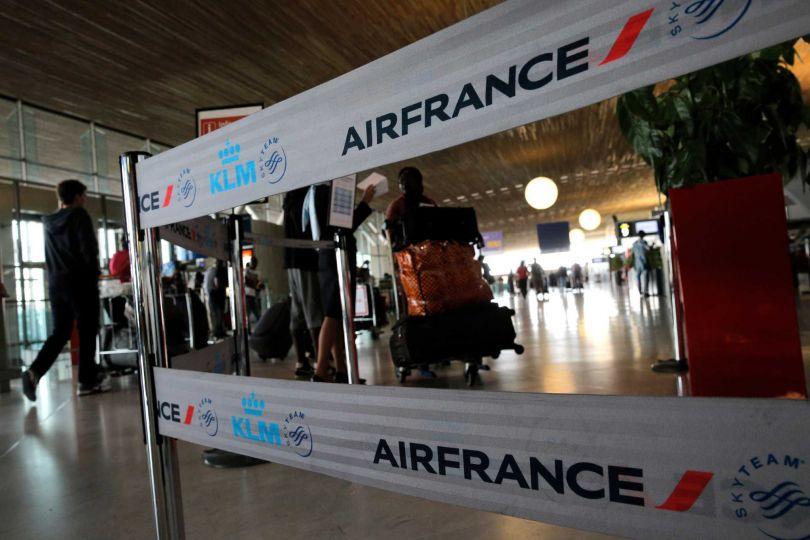 Air France отменила половину дальних рейсов