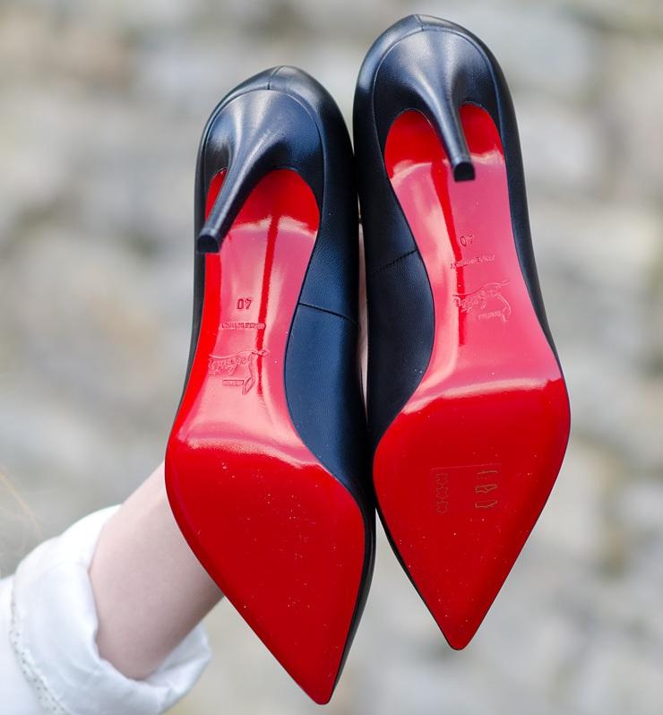 Louboutin хотят лишить право на эксклюзивное использование красной подошвы